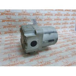 Корпус двигателя на отбойный молоток ЗУБР ЗМ-1700К / 501-170-074