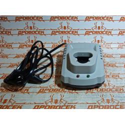 Зарядное устройство для шуруповерта ЗУБР с батареей Li-Ion / БЗУ-10.8-12 М1