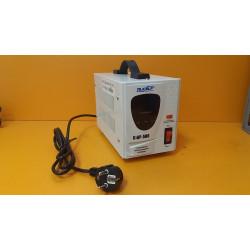 Стабилизатор напряжения Ruself Стабик СтАР-500 (цифровой + работает от 120В + 500 Вт)